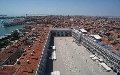 67 Ombrelloni Professional in Piazza San Marco – Venezia
